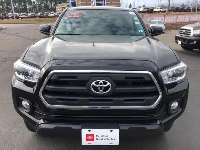 Certified Pre-Owned 2017 Toyota Tacoma SR5 *DOUBLE CAB! **RED HOT DEAL!**