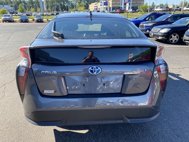 Certified Pre-Owned 2017 Toyota Prius Four Touring