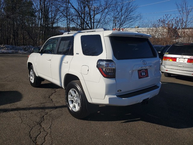 Certified Pre-Owned 2016 Toyota 4Runner SR5 **RED HOT DEAL!**